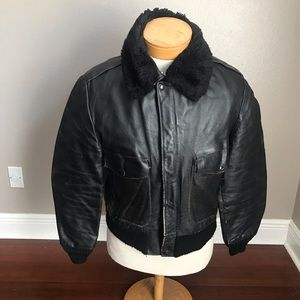 Vintage Leather Bomber Jacket W/ Removable Collar